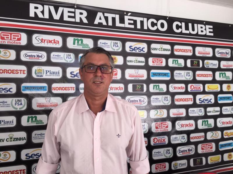 River apresenta novo supervisor de futebol
