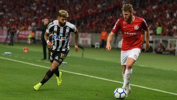Internacional empata com o Santos e fica mais distante do título