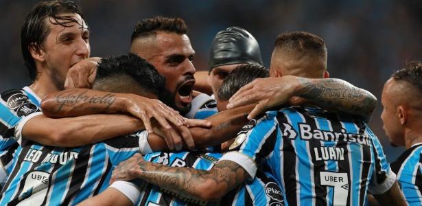 Grêmio pega o River com time experiente em mata-mata