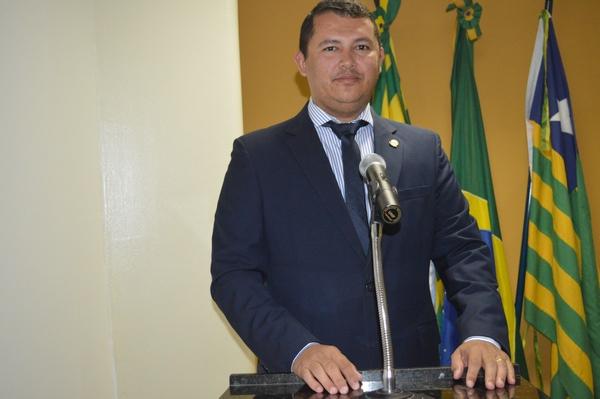 Vereador pede contratação de Psicólogo para Casa de Guadalupe
