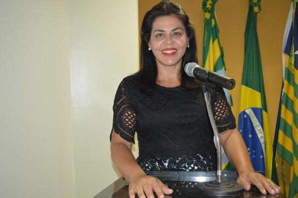 Vereadora Surama Martins - DEM, pede reforma do Parque de Vaquejadas