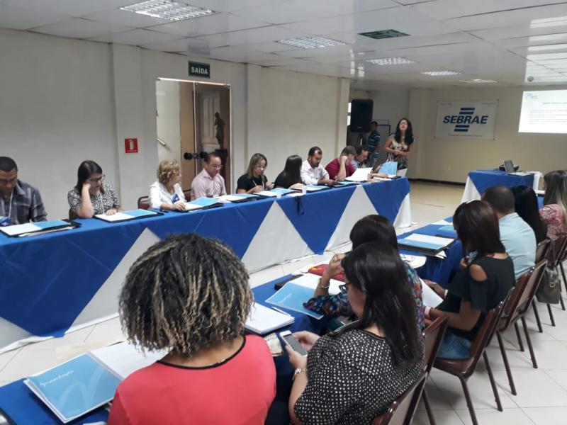 Secretários municipais participam de curso sobre formação de liderança coac
