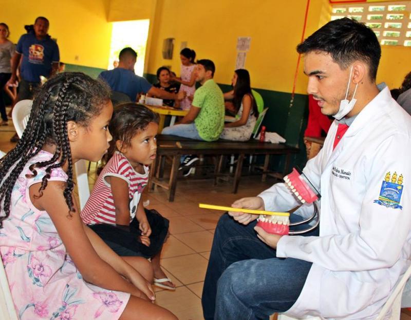 Prefeita Patricia Leal parabeniza dentistas pelo seu dia