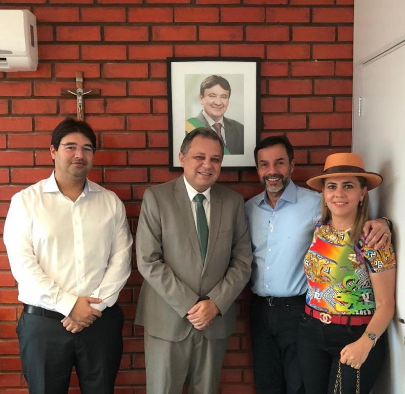 Secretário Estadual de Saúde Florentino recebe Dr Cláudio Máximo Guerra