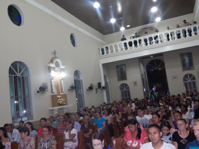 Padres Celebram nos festejos de São Benedito na 4ª noite