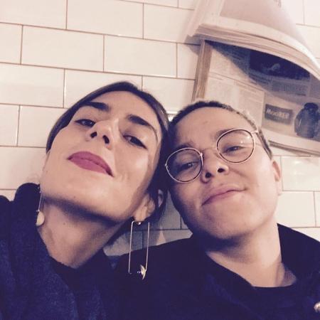 Mulher de Maria Gadú posta foto da barriga no Instagram e anuncia gravidez