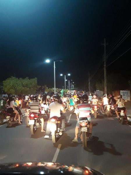 Eleitores de Bolsonaro em Guadalupe comemoram sua vitória