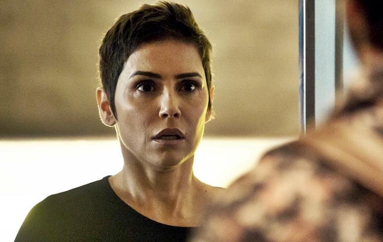 Karola vira a heroína de Segundo Sol e morre para salvar personagem