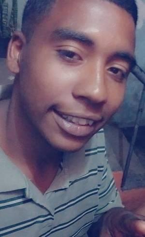 Jovem é morto após defender irmão que era vítima de homofobia