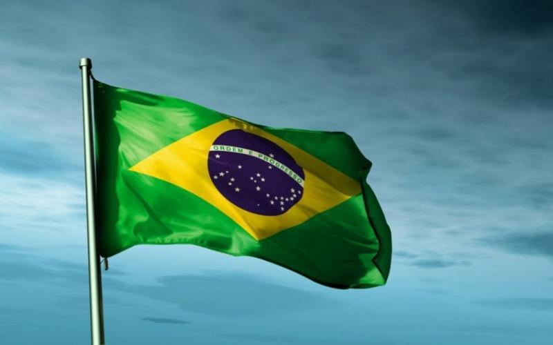 Brasil sobe no ranking de melhores países para fazer negócios