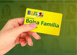 Sintonia Eleitoral: 71% acham que Bolsa Família deve continuar