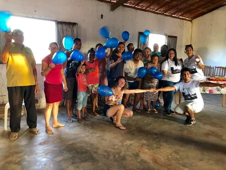Grupo Revita durante encontro no Assentamento Nova Vila.