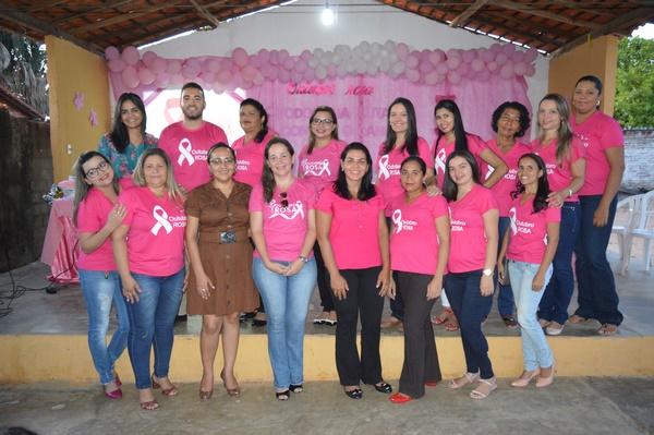 Equipe UBS Dirceu Arcoverde promovem ação Outubro Rosa no Bairro Cruzeta
