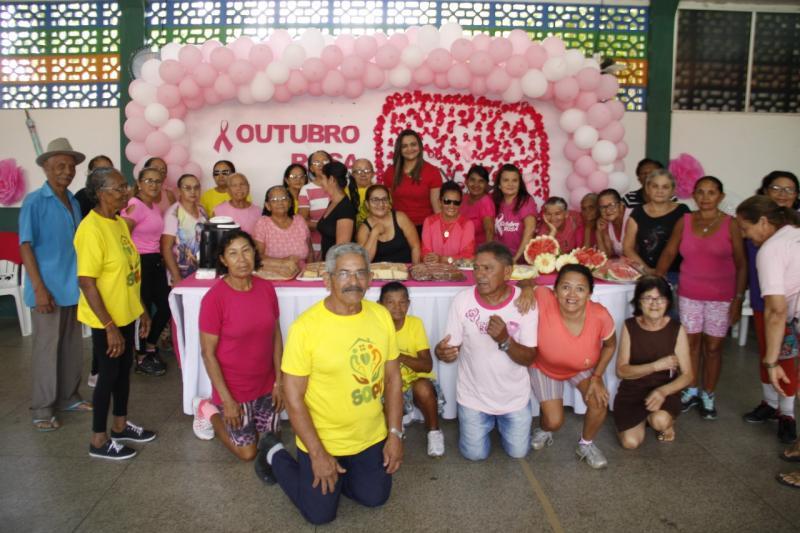 Assistência Social de Água Branca encerra campanha Outubro Rosa com café da