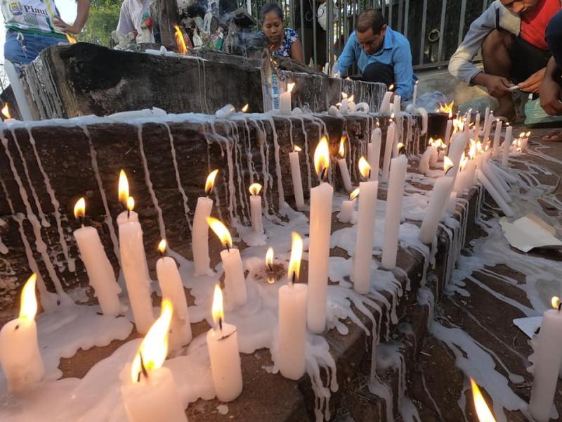 Missa reúne fiéis no Dia dos Finados em Altos