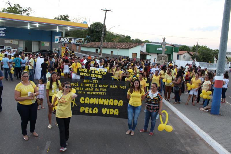 Secretarias municipais realizam caminhada a favor da vida em Uruçuí