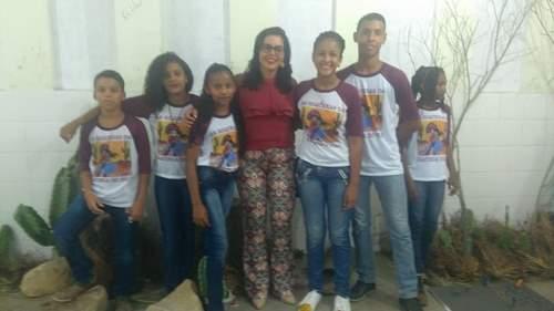 Vereadora Surama Martins prestigia II Feira do Conhecimento da escola estadual João Pinheiro