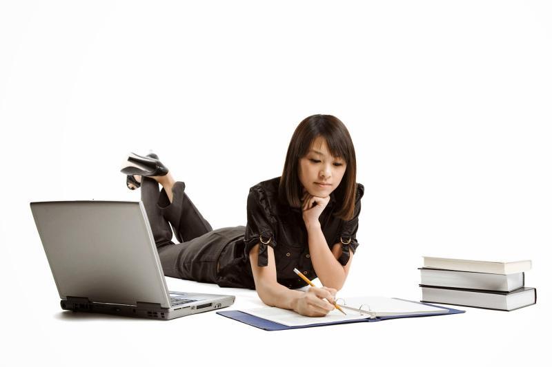 Estudar por videoaulas ou pelos livros?