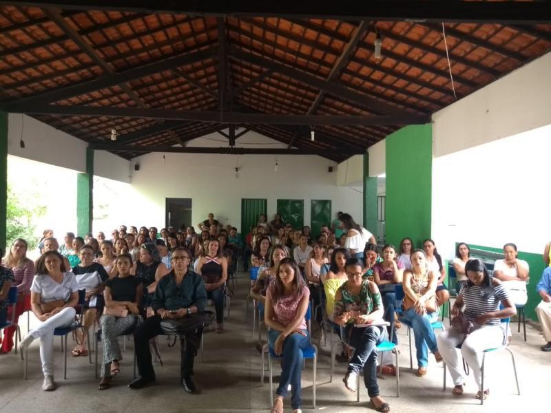 Secretaria de Educação realiza Encontro Formativo de mobilização do Dia 'C'