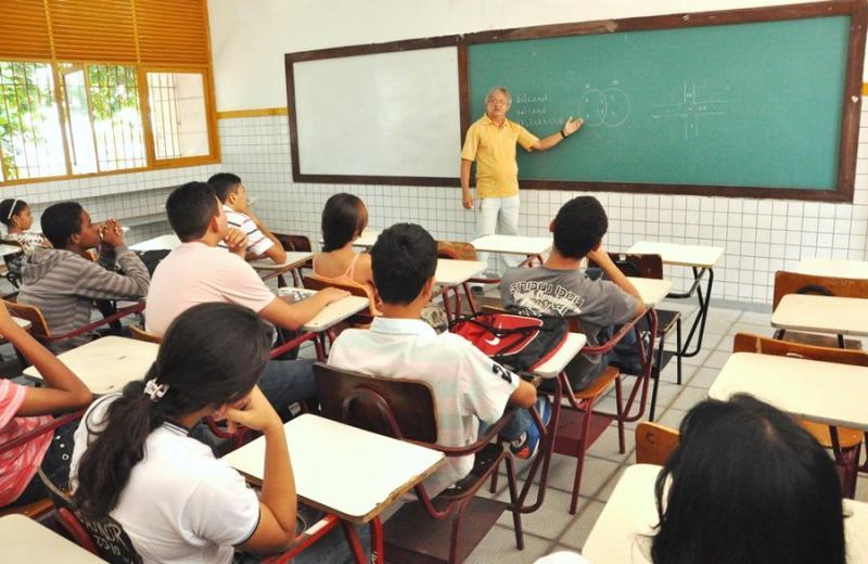 Brasil fica em último lugar no ranking de status do professor