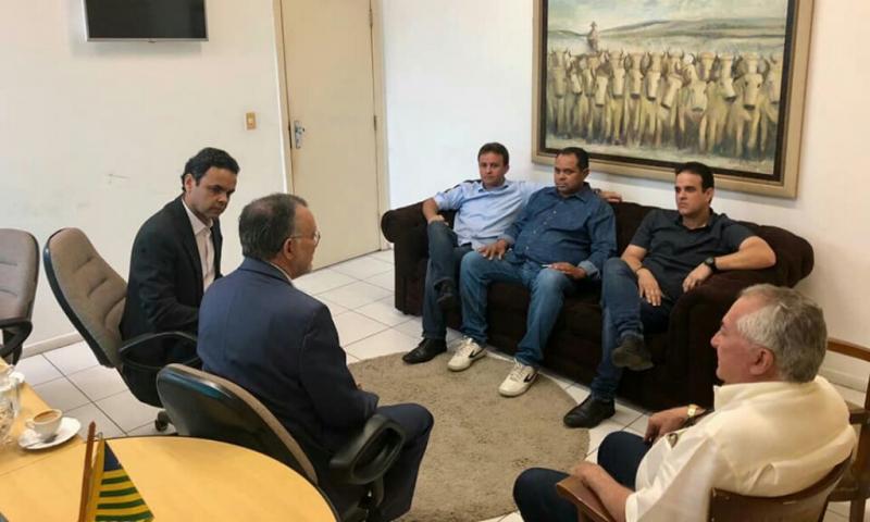 Prefeito Diego Teixeira e Júnior Bill em reunião com Presidente do TCE