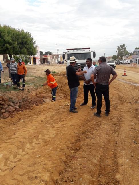 Dr. Manoel Júnior. acompanha alargamento da BR 135 em Cristino Castro