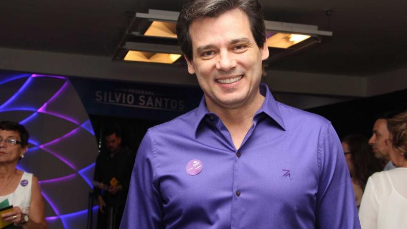 Portiolli defende vinhetas do SBT pró-Bolsonaro