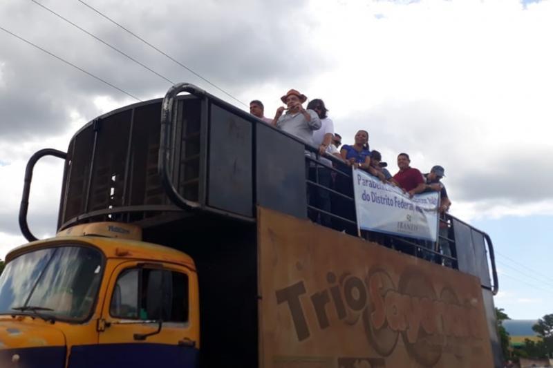 Governador eleito pelo DF, Ibaneis Rocha, é recebido com festa no Piauí
