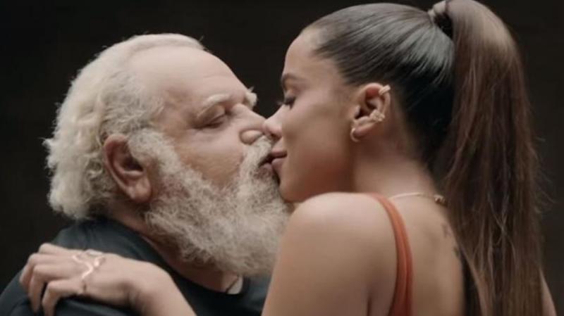 Anitta diz que não sabia quem eram as 24 pessoas que beijou em novo clipe