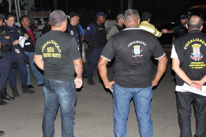 Polícia flagra venda de bebida alcoólica a menores em Teresina