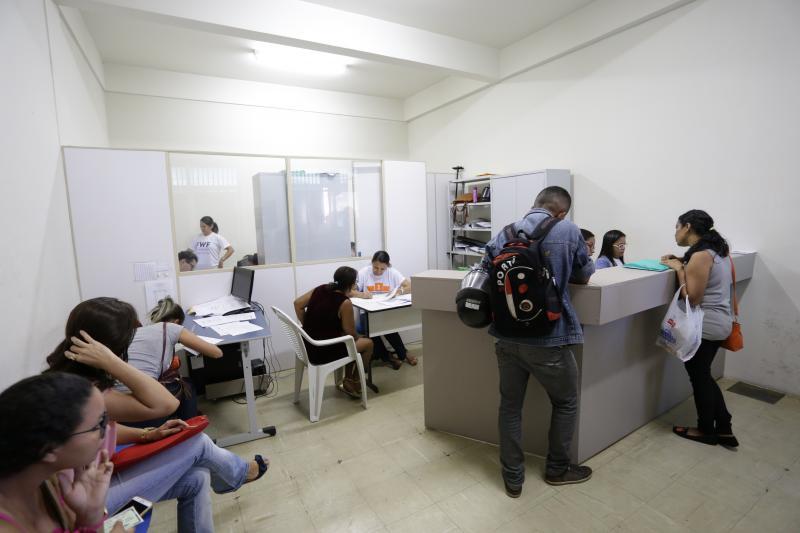 Balcão do Trabalhador oferta vagas de emprego para Teresina