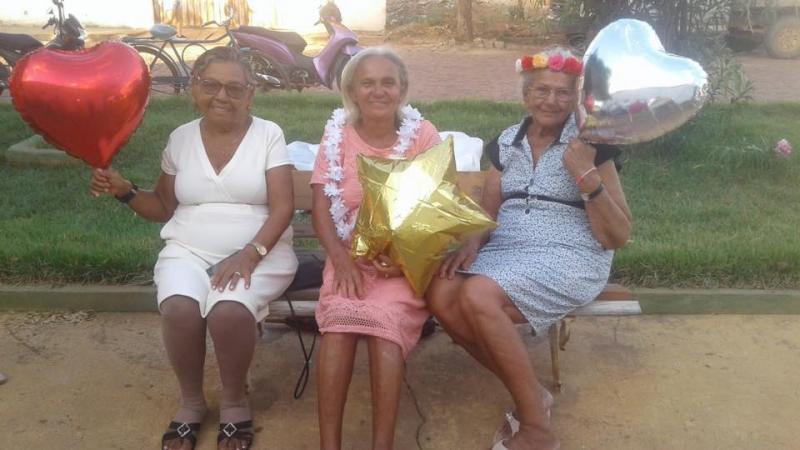 SEMAS e CRAS realizam ensaio fotográfico com idosos