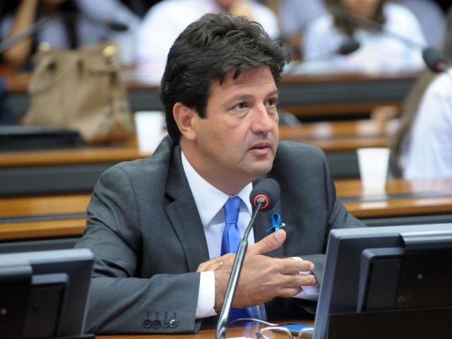 Mandetta pode ser ministro da Saúde, diz Bolsonaro