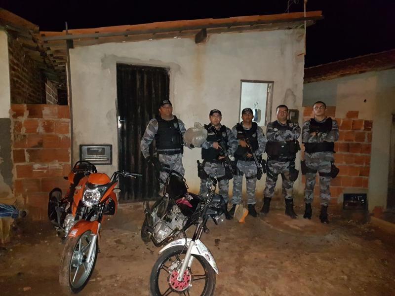 Força Tática de paulistana estoura boca de fumo no bairro Alto Vistoso