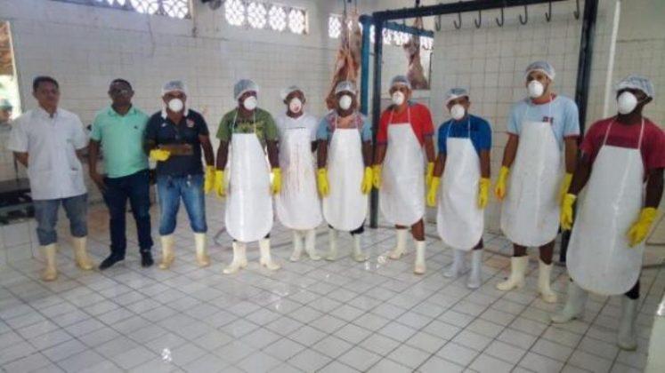 Secretaria de Agricultura anuncia providências para o matadouro