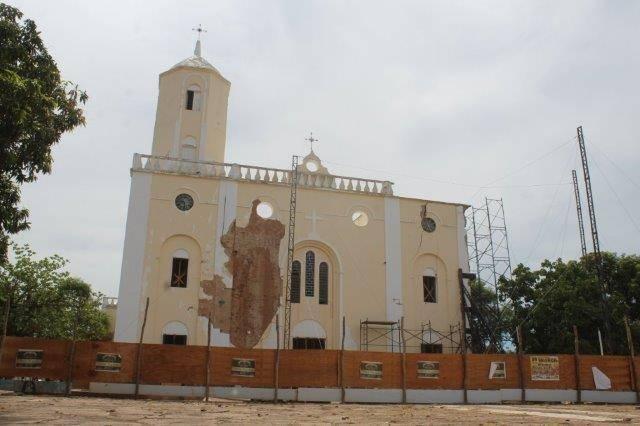 Prefeita Ceiça Dias visita obras da Igreja Nossa Do Ó e Conceição