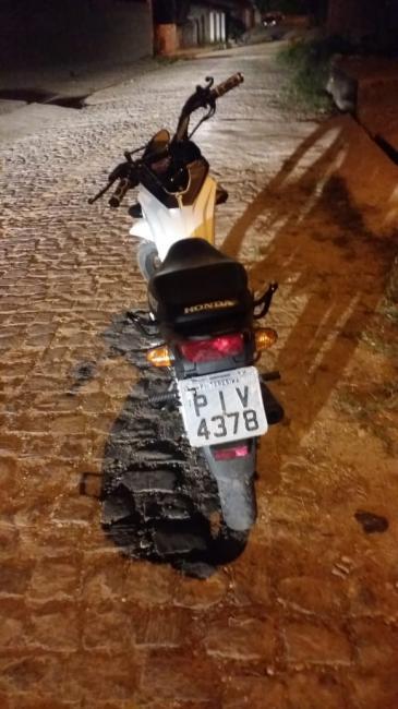 PM recupera moto roubada de jovem na zona sudeste de Teresina