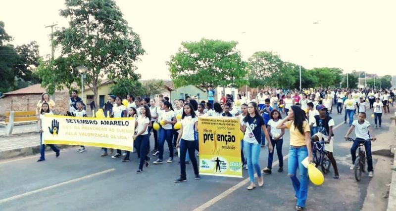 Landri Sales promove caminhada em alusão à campanha Setembro Amarelo