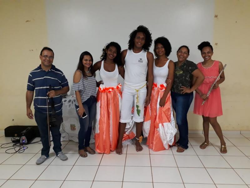 Landri Sales desenvolve projeto Música e Movimento