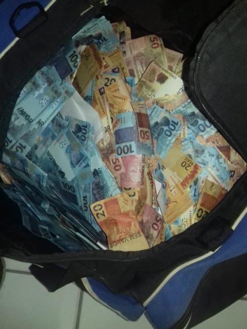 Polícia apreende R$ 2 milhões em notas falsas em Teresina