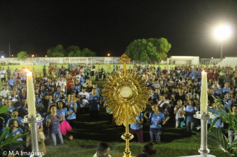 Três mil fiéis percorreram 8 horas de caminhada até Pau D'Arco