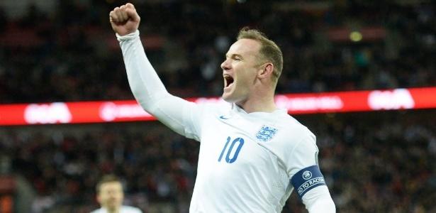 Rooney é homenageado após partida de despedida da seleção inglesa