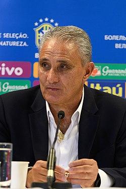Tite destaca jogo de Allan e Richarlison, e diz que Brasil dominou Uruguai
