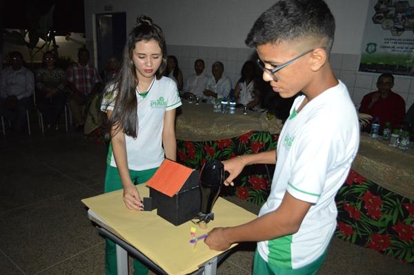 Escola CEEPRU realiza a V Agroinfo em Colônia do Gurgueia
