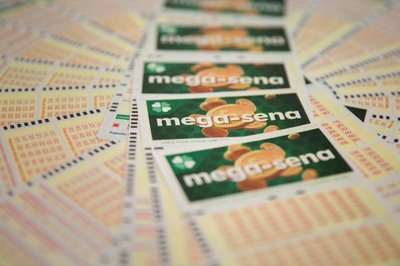 Mega-Sena acumula e prêmio vai a R$ 43,5 milhões