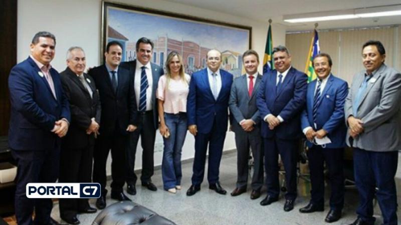 Ciro Nogueira recebe os prefeitos Diego Teixeira e Júnior Bill em Brasília