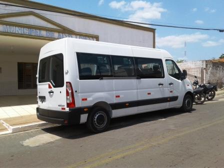 Secretaria de Saúde do município recede de prefeitura mais um veículo