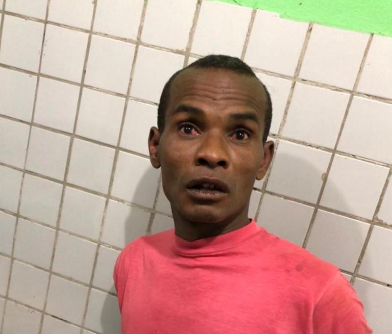 Homem é preso acusado de roubar e tentar estuprar vítima em Altos