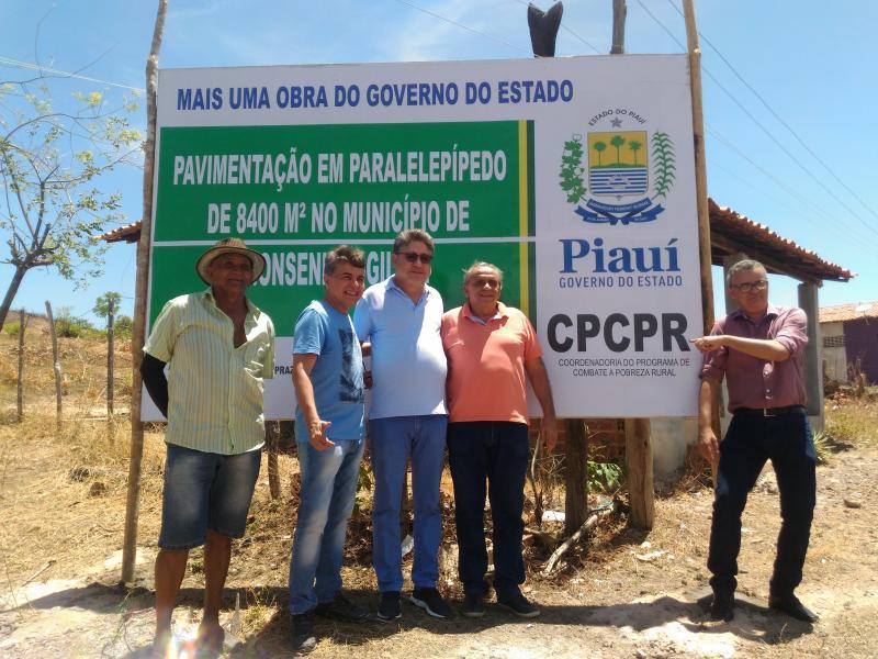 Obras de pavimentação em Monsenhor Gil