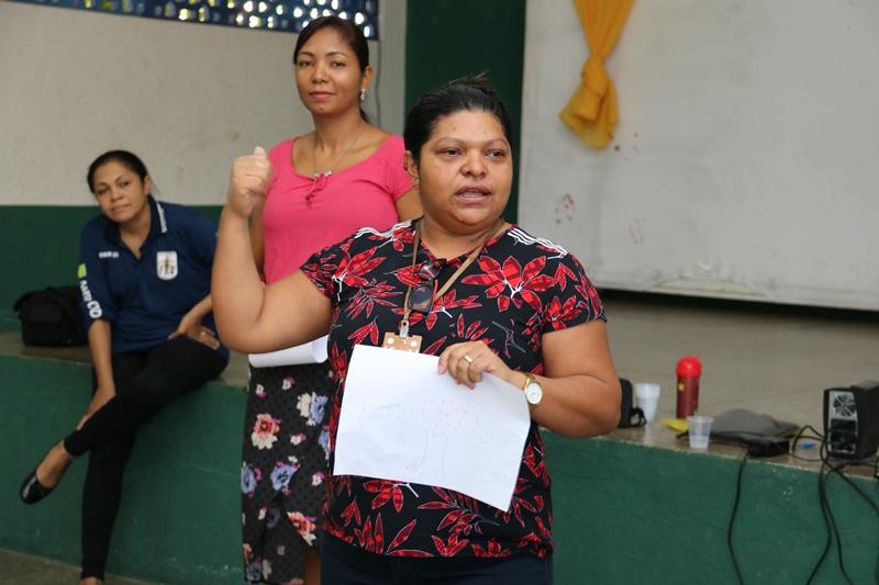 Educadores sociais do projeto Mirim Cidadão participam de capacitação